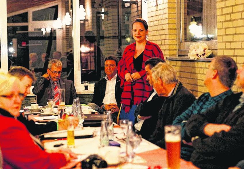 Janine Köster berichtete bei der Monschauer SPD von der AsF und stellte sich als Kandidatin für die Bundestagswahl vor.