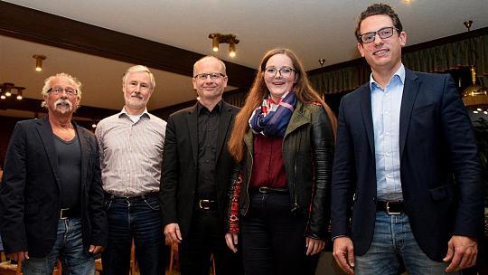 v.l. Norbert Brewer (stellv. Bürgermeister), Franz-Josef Hammelstein (Ortsvorsteher Lammersdorf), Gregor Harzheim (Fraktionsvorsitzender), Alina Offermann (OV-Vorsitzende) und Martin Peters (UB-Vorsitzender)