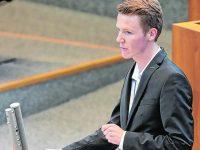 Niklas Offermann sitzt drei Tage als Abgeordneter im Jugendlandtag